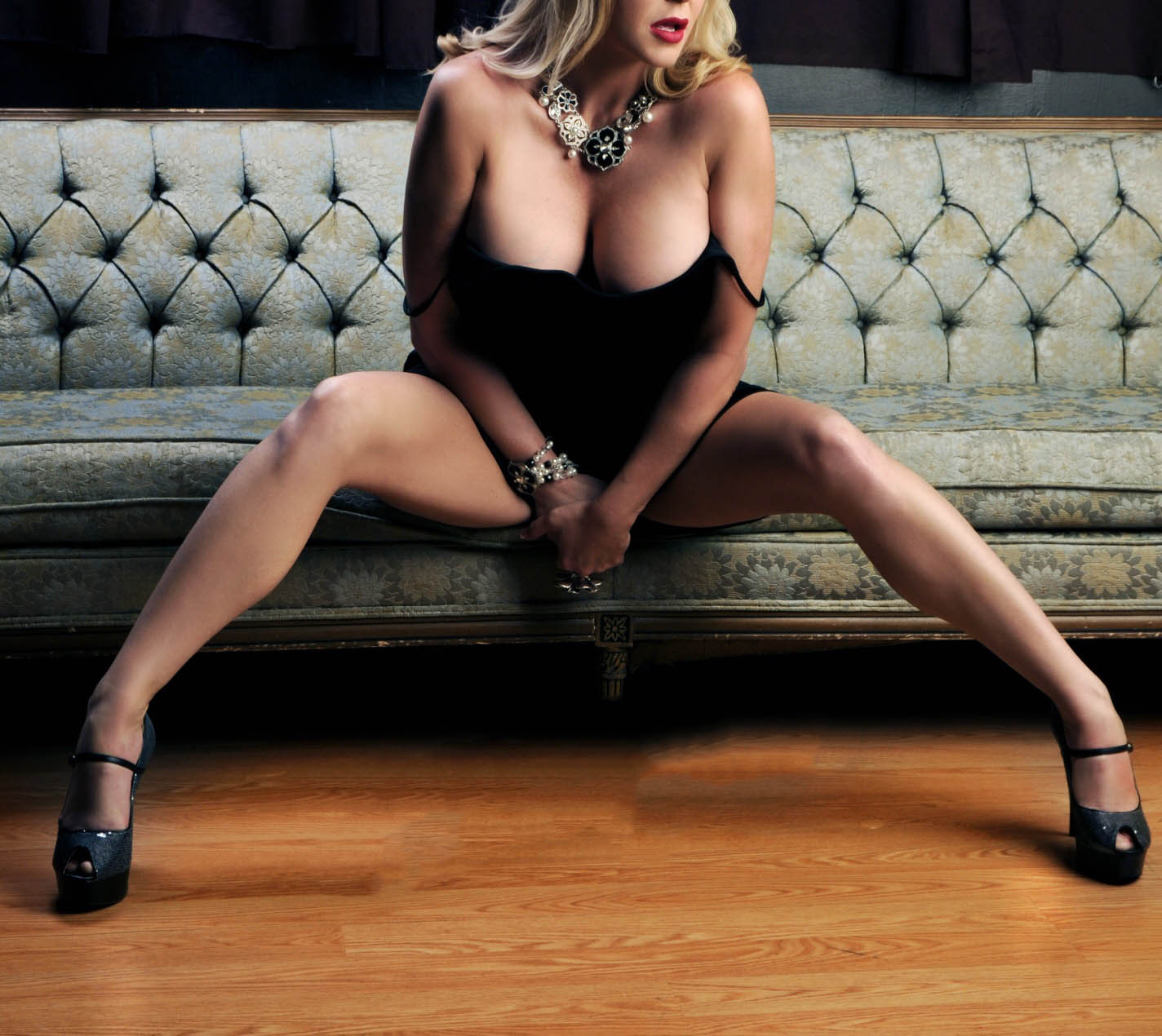 blonde escort fort lauderdale